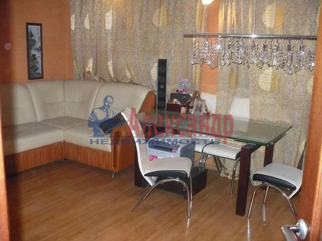 3-комнатная квартира (74м2) в аренду по адресу Сикейроса ул., 15— фото 3 из 5