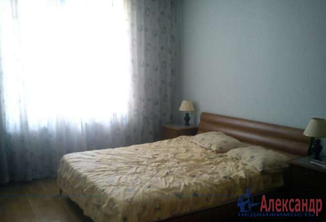 2-комнатная квартира (43м2) в аренду по адресу Маршала Захарова ул., 17— фото 2 из 3