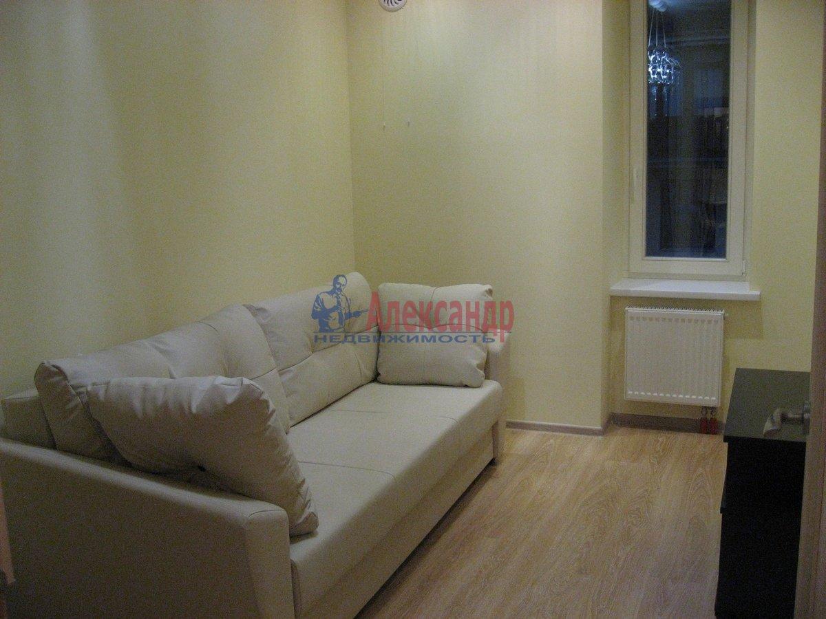 2-комнатная квартира (50м2) в аренду по адресу Воскресенская наб., 4— фото 4 из 13