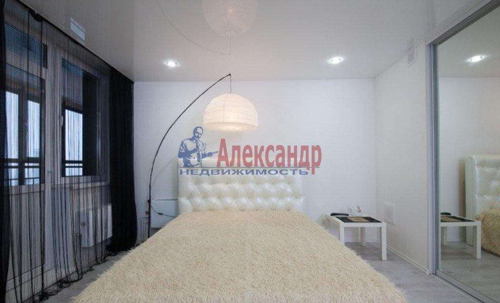 2-комнатная квартира (78м2) в аренду по адресу Новочеркасский пр., 33— фото 4 из 4