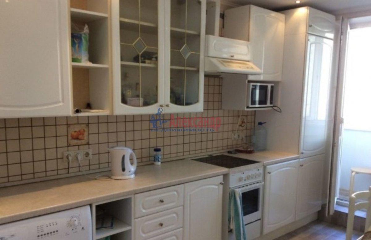 Комната в 2-комнатной квартире (38м2) в аренду по адресу Народного Ополчения пр., 159— фото 1 из 2