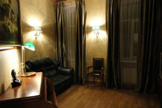 2-комнатная квартира (85м2) в аренду по адресу Рубинштейна ул., 25— фото 3 из 3