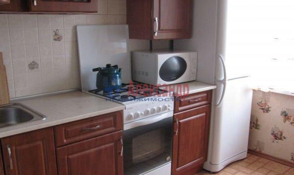 2-комнатная квартира (51м2) в аренду по адресу Московский пр., 79— фото 3 из 4