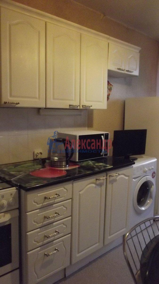 1-комнатная квартира (40м2) в аренду по адресу Боткинская ул., 15— фото 2 из 4