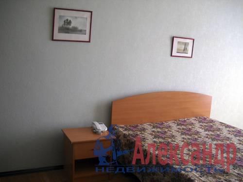 2-комнатная квартира (54м2) в аренду по адресу Новоизмайловский просп., 35— фото 6 из 7