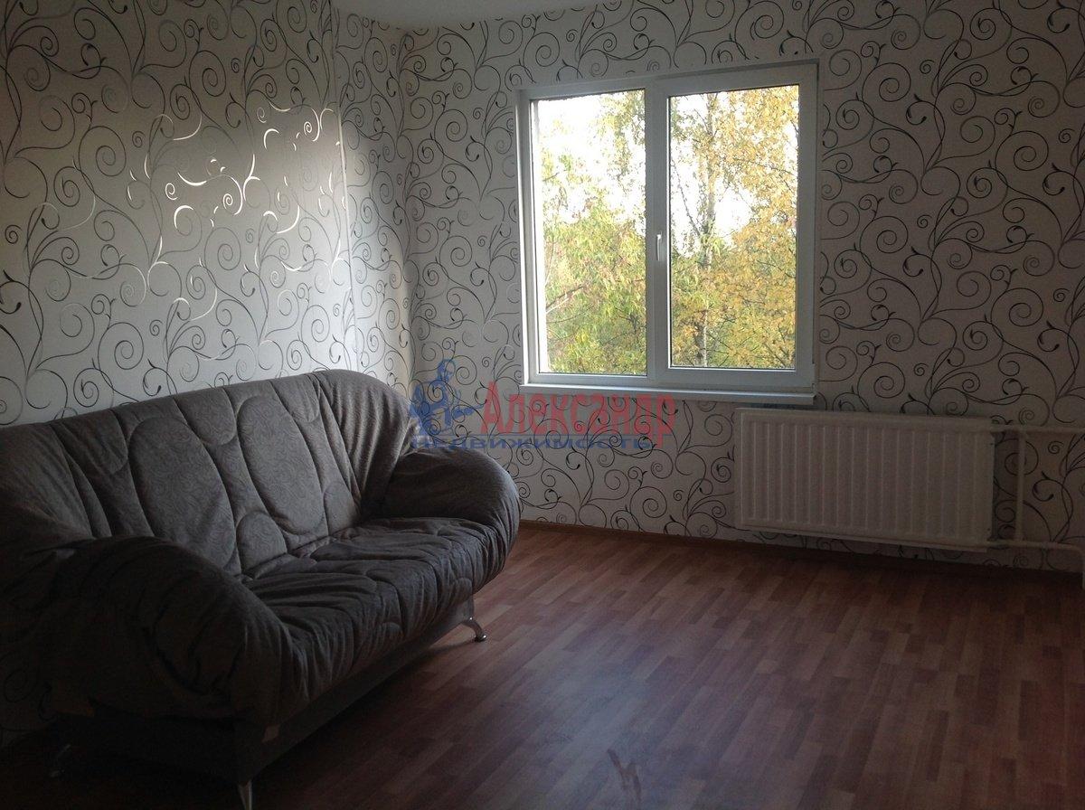 2-комнатная квартира (53м2) в аренду по адресу Караваевская ул., 42— фото 2 из 11