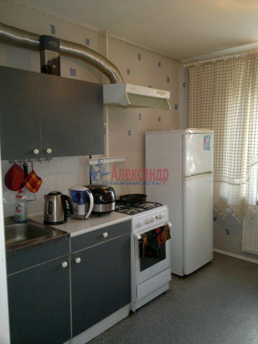 1-комнатная квартира (35м2) в аренду по адресу Культуры пр., 12— фото 2 из 3