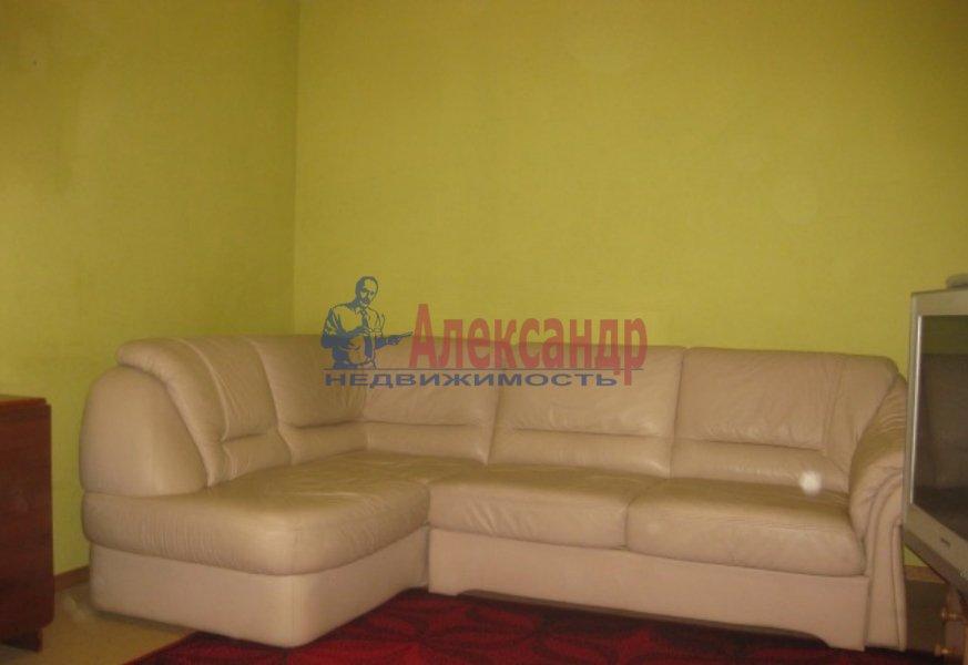 2-комнатная квартира (45м2) в аренду по адресу Авангардная ул., 13— фото 2 из 4