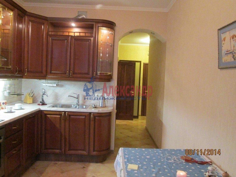 1-комнатная квартира (44м2) в аренду по адресу Брянцева ул., 15— фото 10 из 14