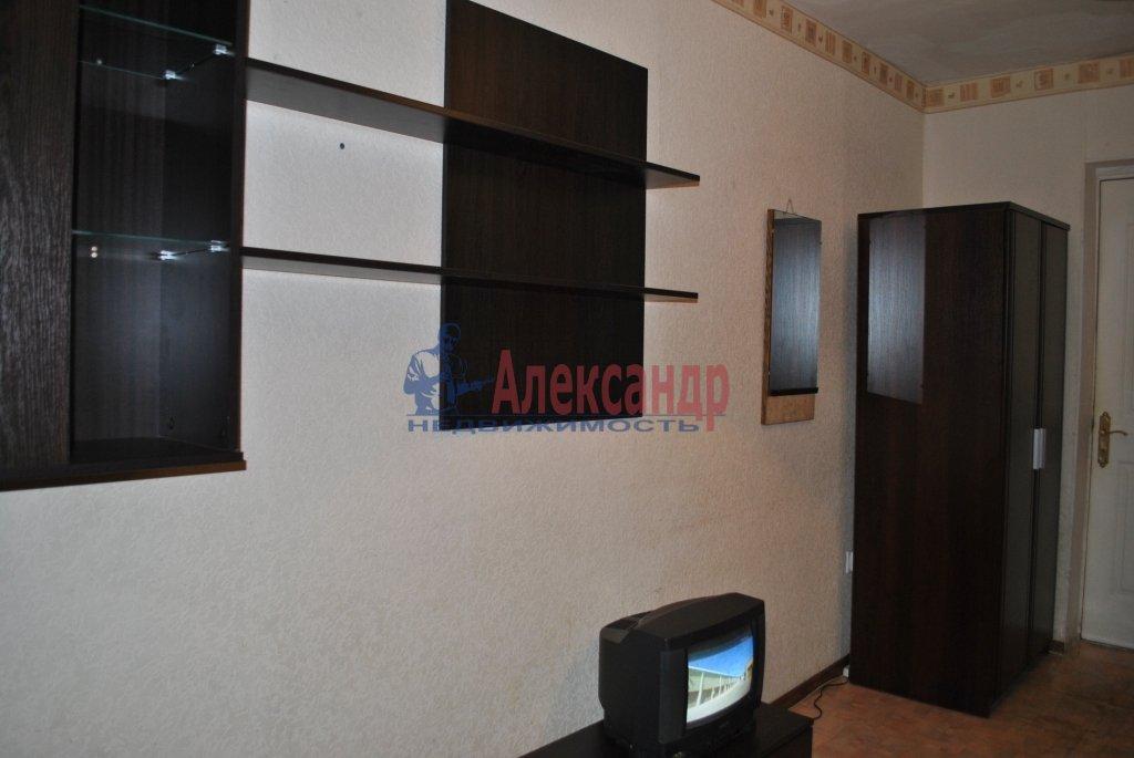 Комната в 3-комнатной квартире (87м2) в аренду по адресу Будапештская ул., 99— фото 1 из 4