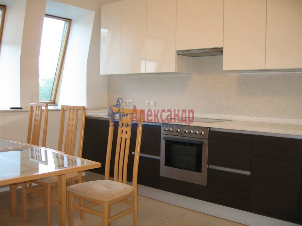 3-комнатная квартира (140м2) в аренду по адресу Константиновский пр., 1— фото 2 из 13