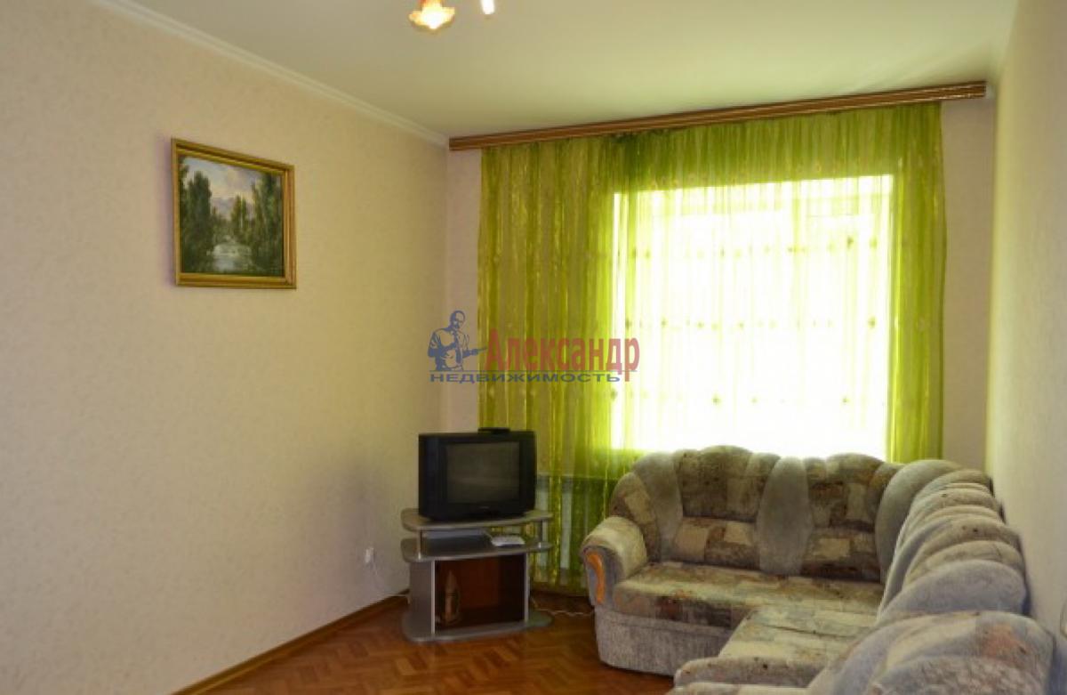 1-комнатная квартира (38м2) в аренду по адресу Ланское шос., 4— фото 2 из 6