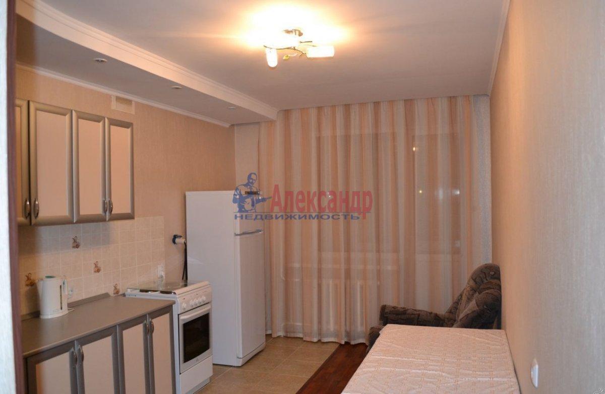 1-комнатная квартира (40м2) в аренду по адресу Комендантский пр., 23— фото 2 из 4