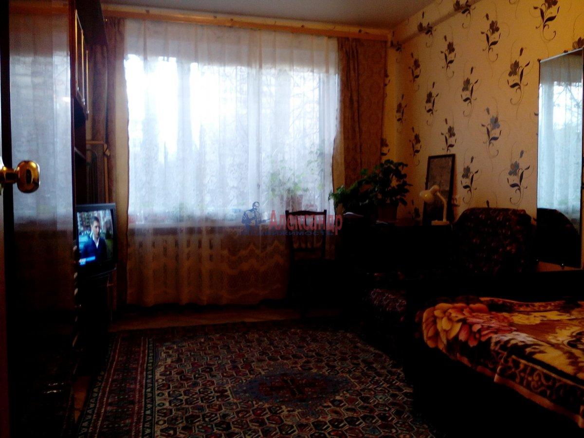 Комната в 2-комнатной квартире (50м2) в аренду по адресу Орджоникидзе ул., 35— фото 1 из 4