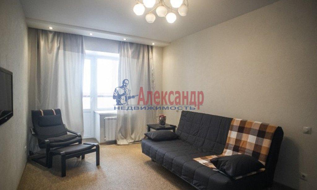 1-комнатная квартира (46м2) в аренду по адресу Искровский пр., 32— фото 1 из 4