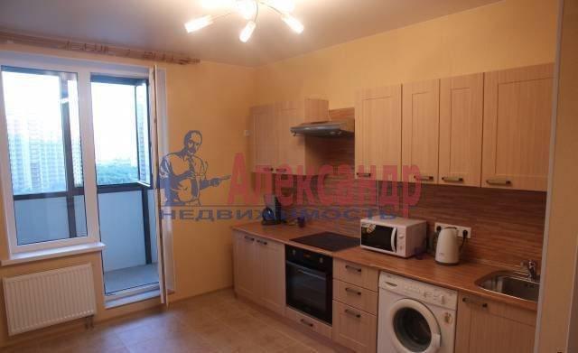 2-комнатная квартира (60м2) в аренду по адресу Савушкина ул., 133— фото 1 из 5