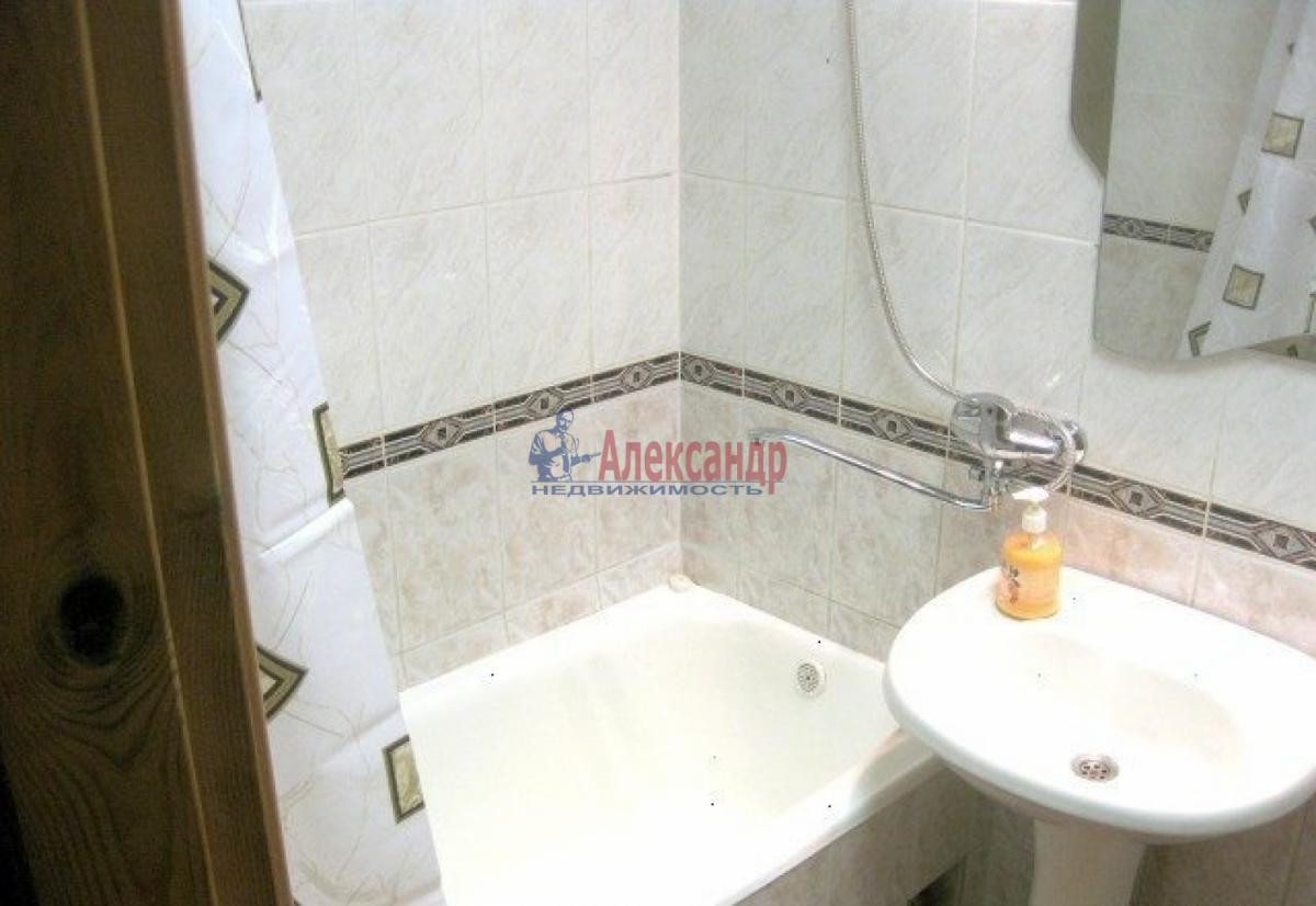 Комната в 2-комнатной квартире (56м2) в аренду по адресу Славы пр., 37— фото 4 из 4