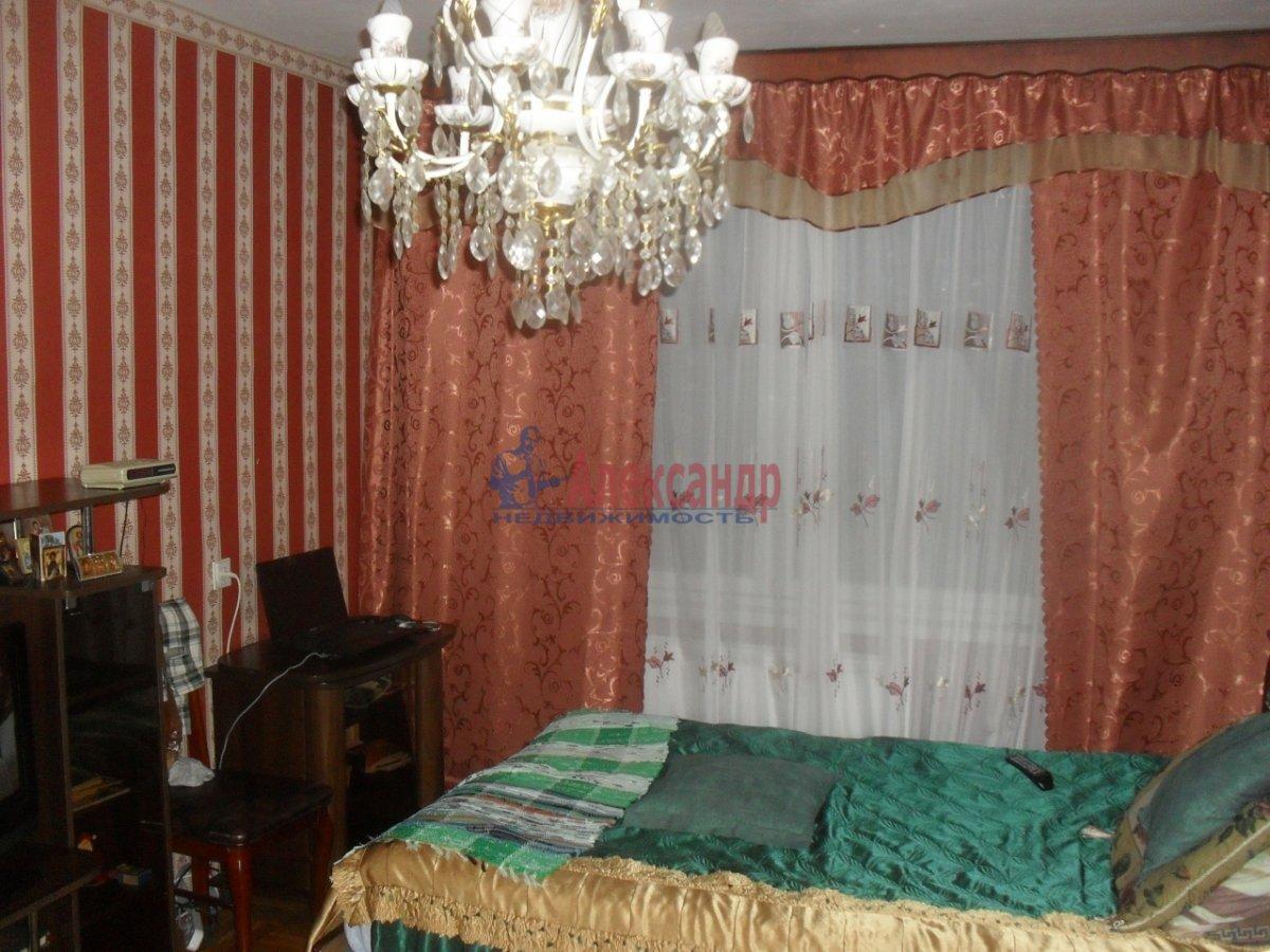2-комнатная квартира (47м2) в аренду по адресу Будапештская ул., 17— фото 1 из 8