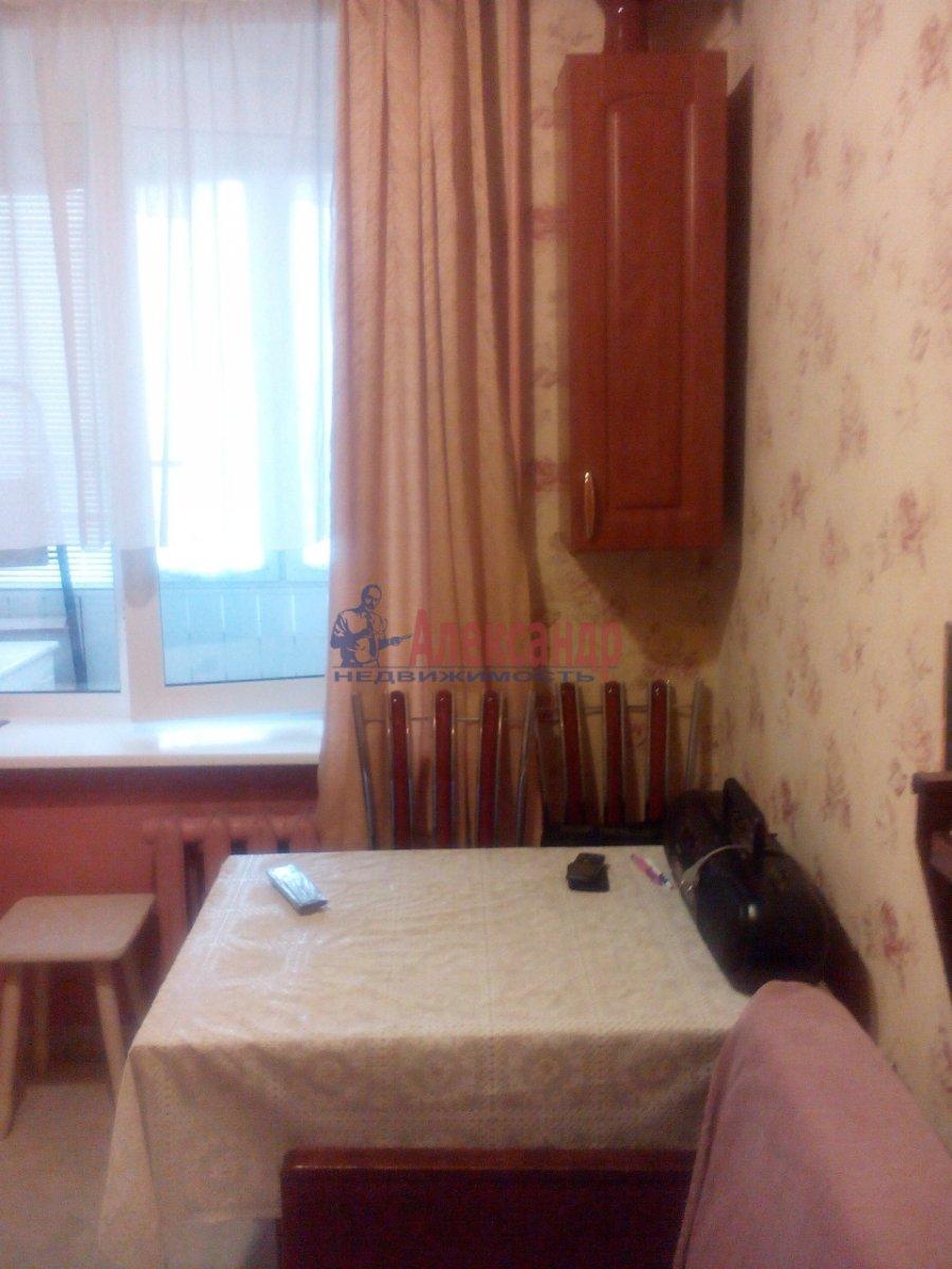 1-комнатная квартира (35м2) в аренду по адресу Космонавтов просп., 32— фото 6 из 11