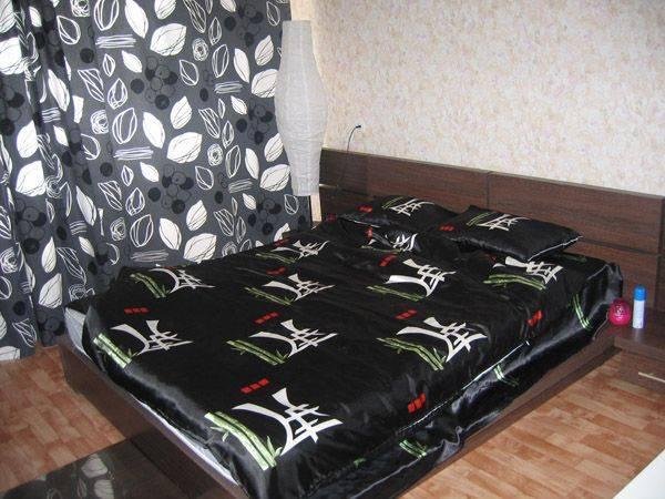 1-комнатная квартира (38м2) в аренду по адресу Композиторов ул., 5— фото 2 из 2