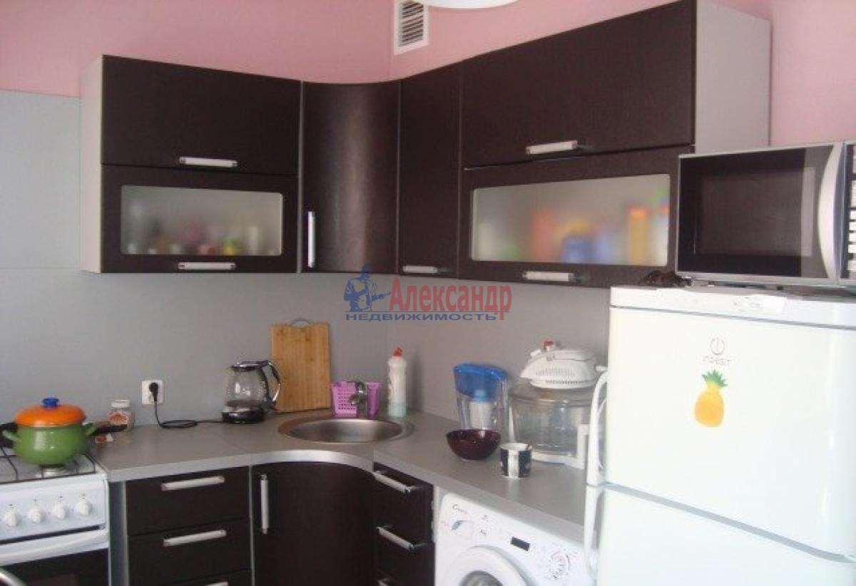 1-комнатная квартира (40м2) в аренду по адресу Софийская ул., 28— фото 1 из 2