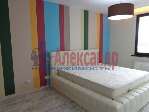 2-комнатная квартира (73м2) в аренду по адресу Исполкомская ул., 12— фото 11 из 13