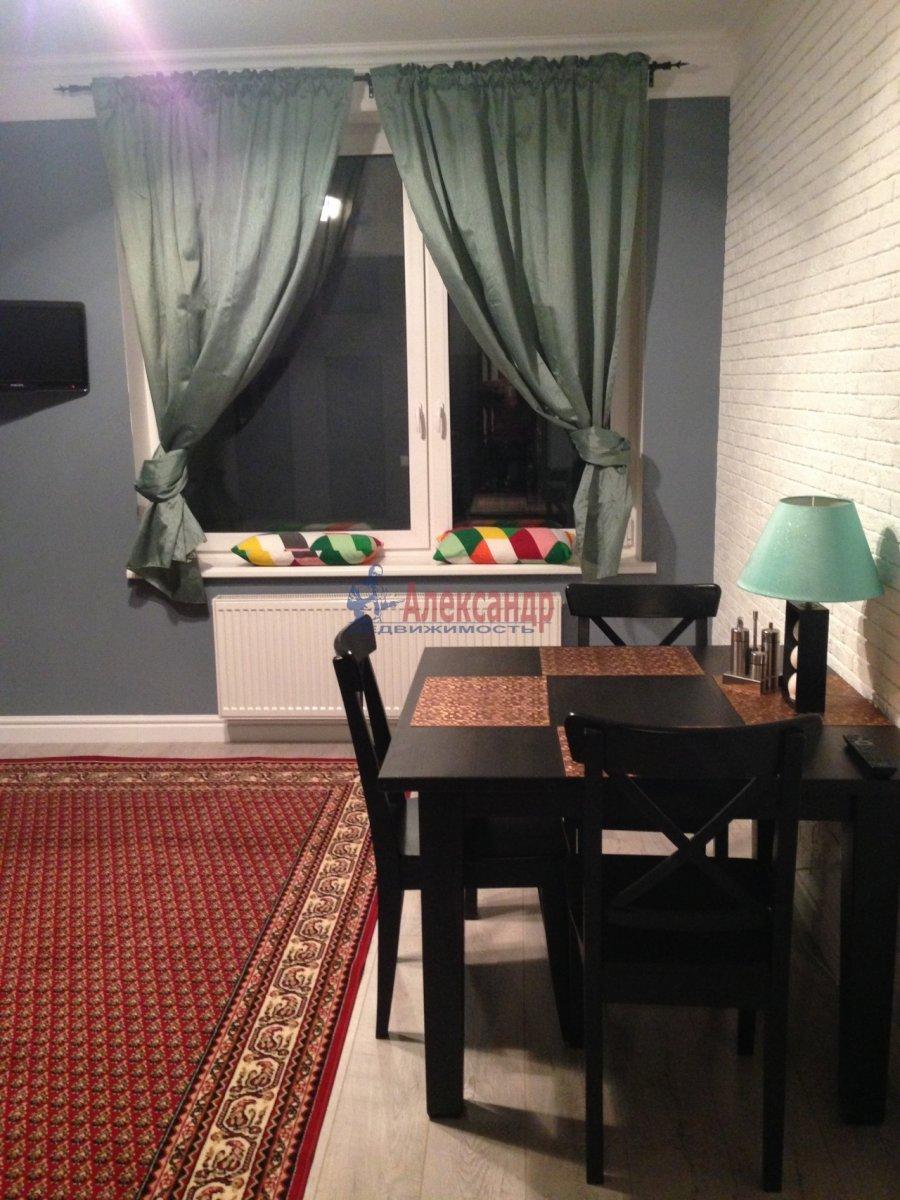 2-комнатная квартира (72м2) в аренду по адресу Кременчугская ул., 9— фото 7 из 13