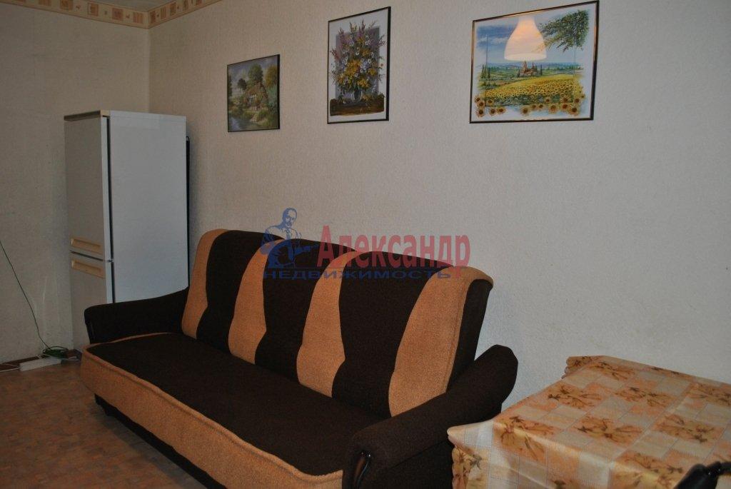 Комната в 3-комнатной квартире (87м2) в аренду по адресу Будапештская ул., 99— фото 2 из 4