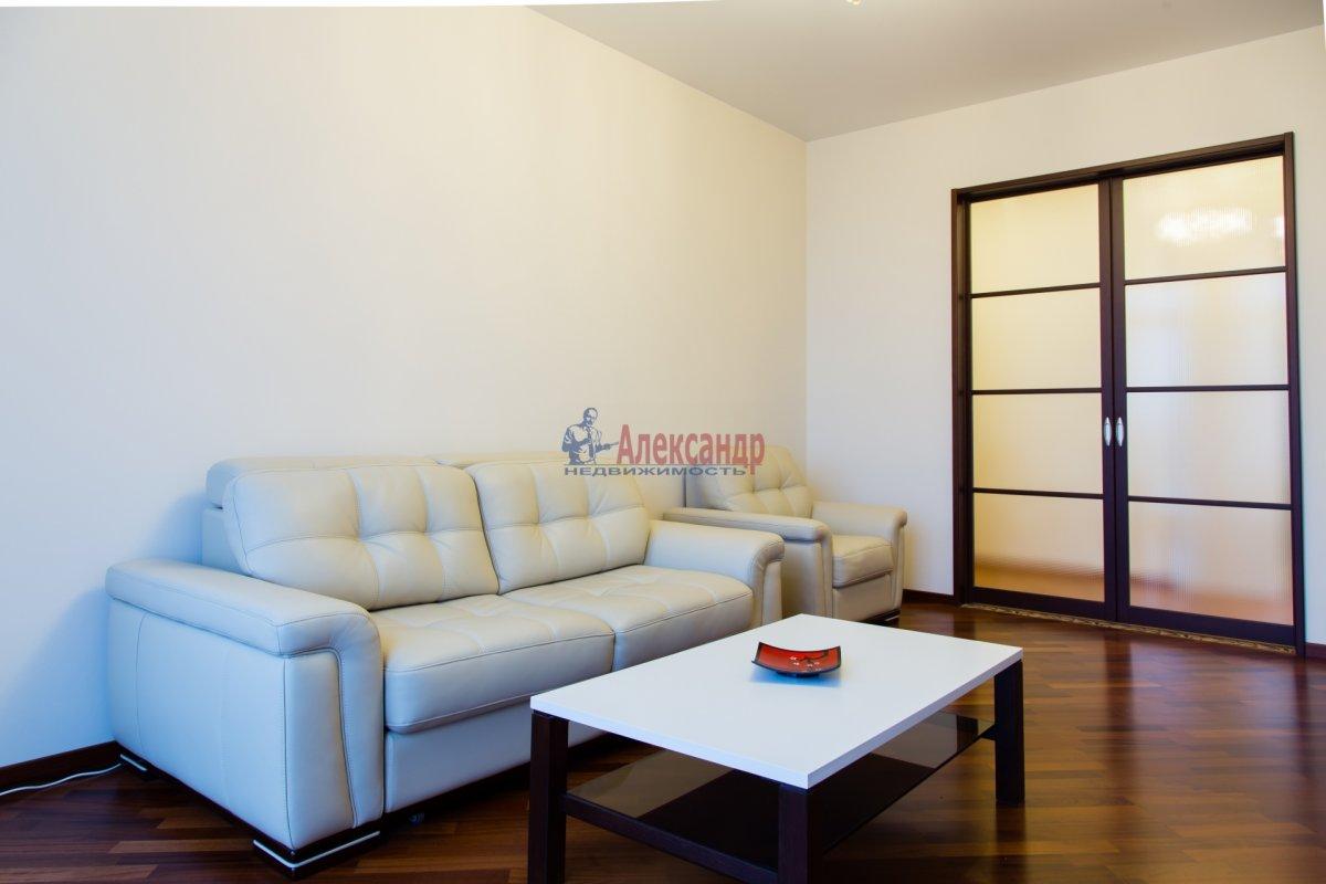 2-комнатная квартира (85м2) в аренду по адресу 26 линия В.О., 15— фото 9 из 16