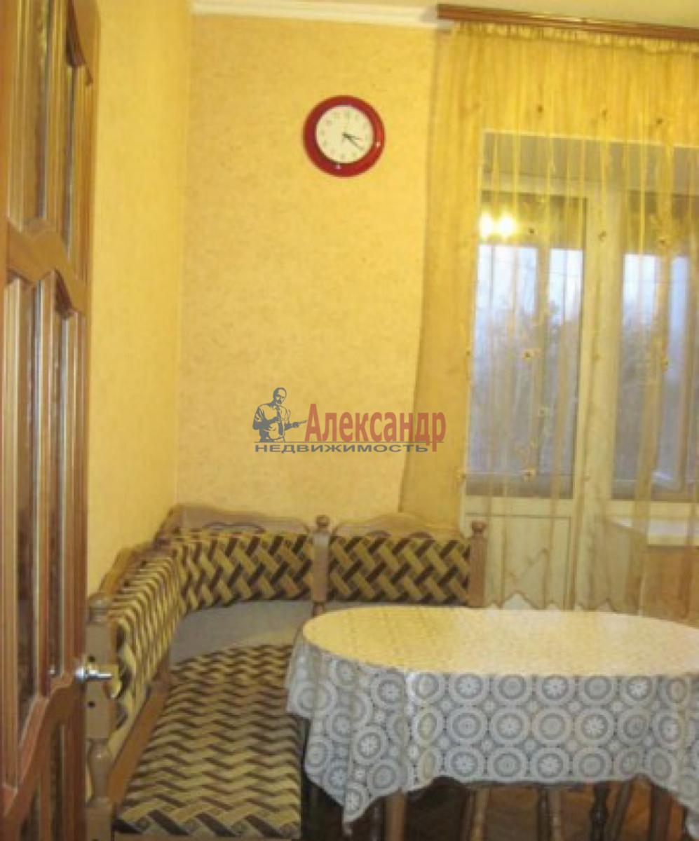 1-комнатная квартира (38м2) в аренду по адресу Ланское шос., 4— фото 3 из 6