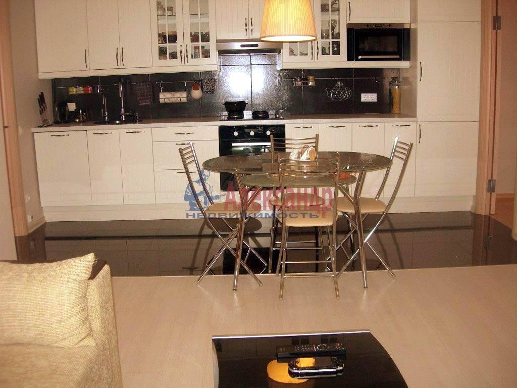 2-комнатная квартира (65м2) в аренду по адресу Дегтярный пер., 8— фото 3 из 8