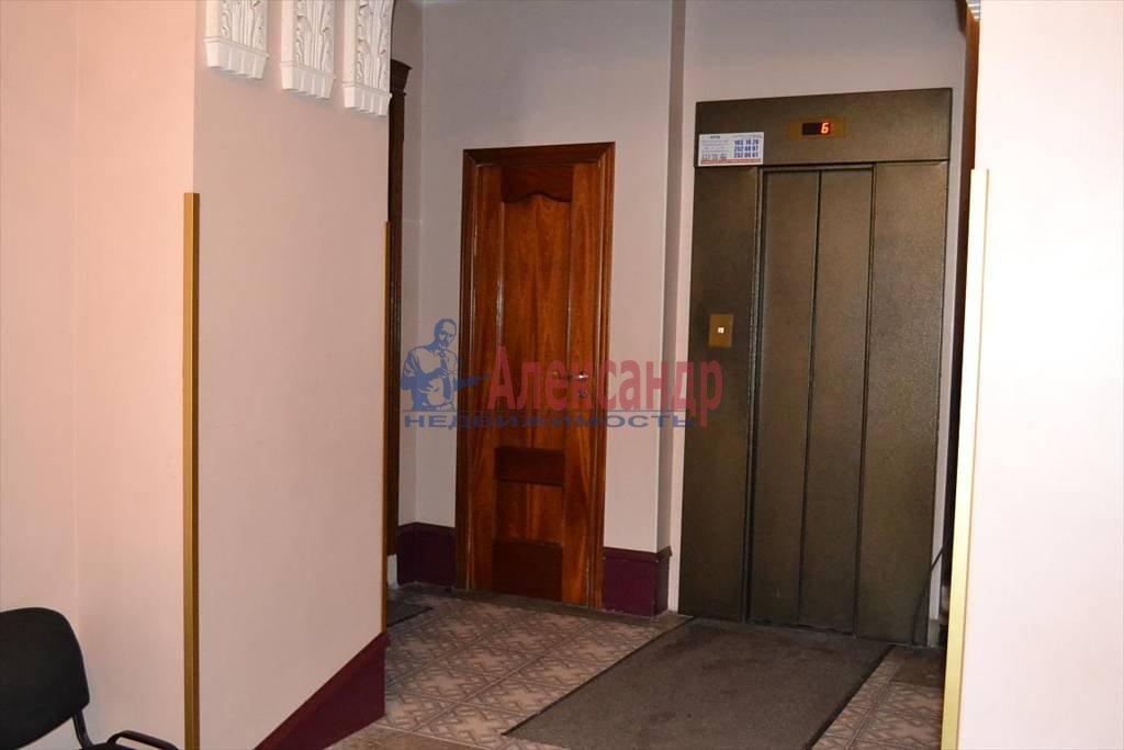 2-комнатная квартира (60м2) в аренду по адресу Таврическая ул., 19— фото 2 из 4