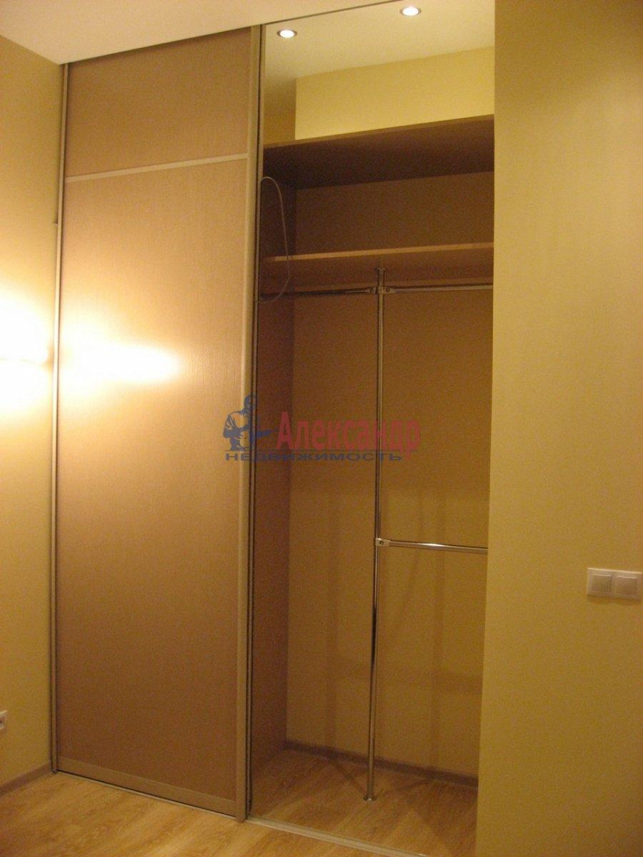 2-комнатная квартира (50м2) в аренду по адресу Воскресенская наб., 4— фото 9 из 13