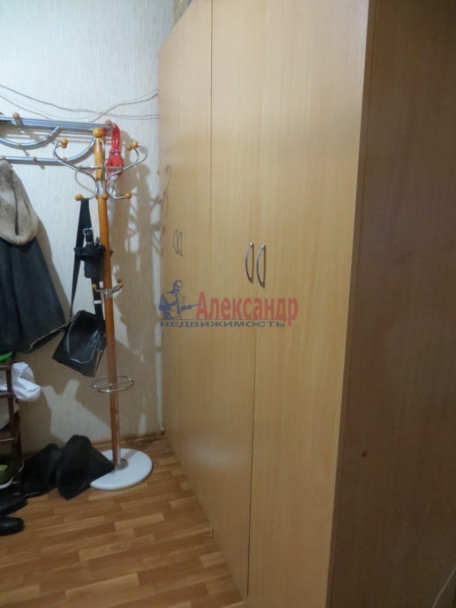 1-комнатная квартира (40м2) в аренду по адресу Кузнецовская ул., 44— фото 2 из 5