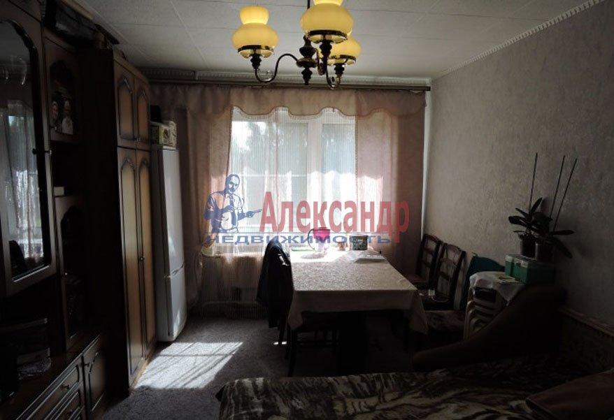 1-комнатная квартира (35м2) в аренду по адресу Новаторов бул., 110— фото 1 из 2