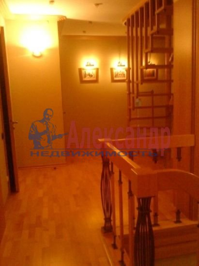 Дом (500м2) в аренду — фото 1 из 9
