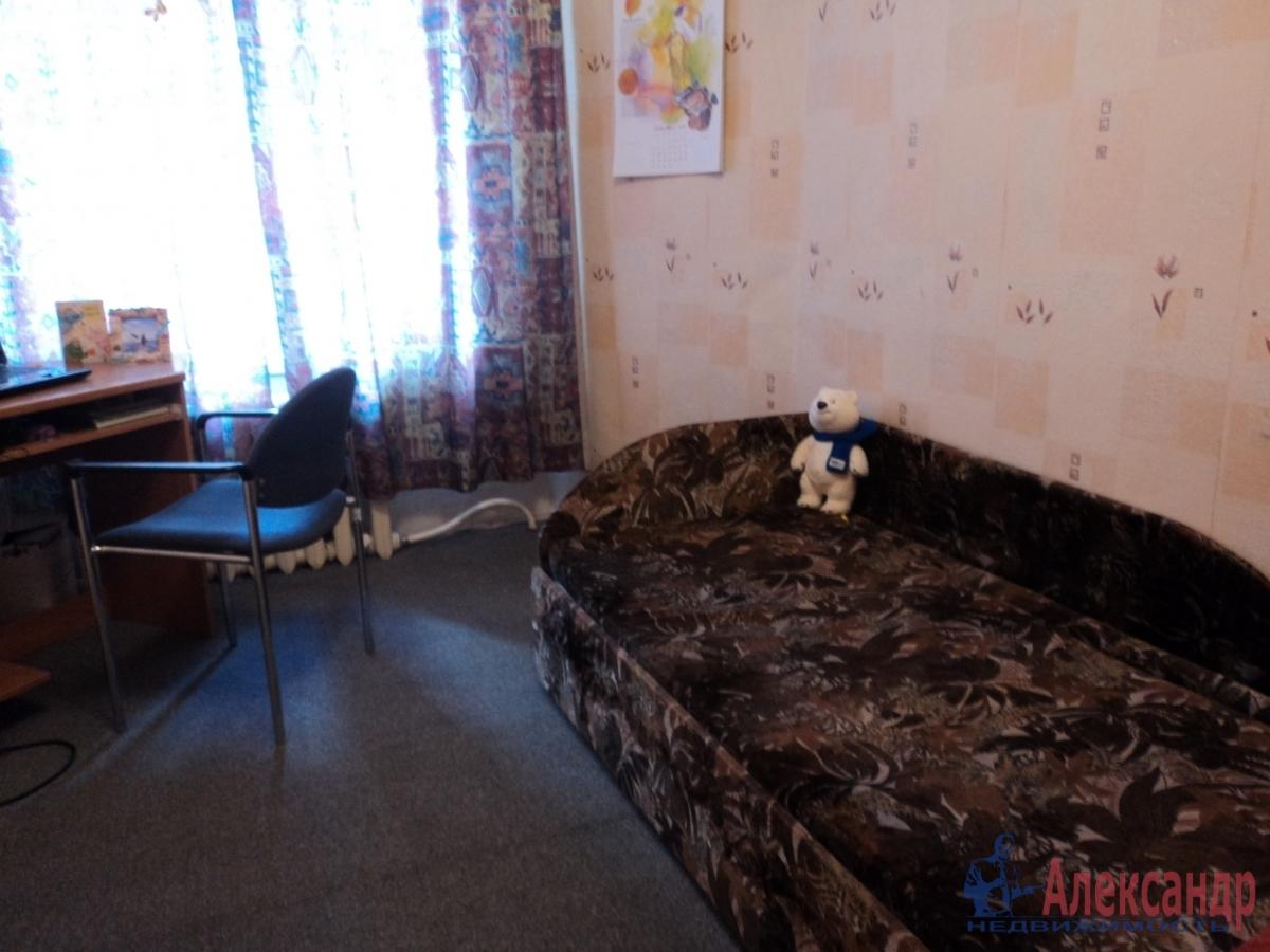 Комната в 3-комнатной квартире (58м2) в аренду по адресу Большой пр., 29— фото 1 из 1