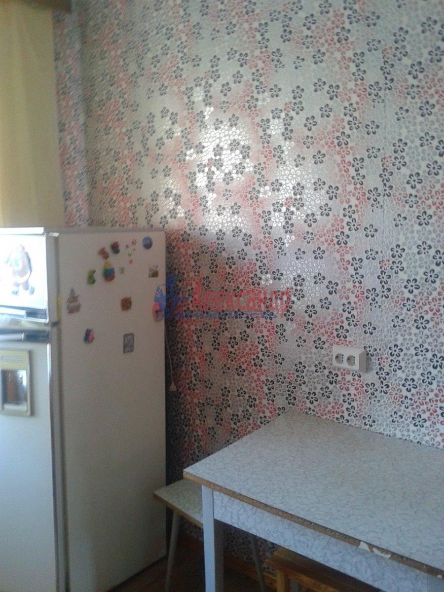 2-комнатная квартира (54м2) в аренду по адресу Шлиссельбургский пр., 34— фото 4 из 15