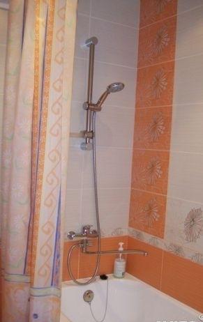 Комната в 2-комнатной квартире (54м2) в аренду по адресу Бухарестская ул., 23— фото 3 из 3
