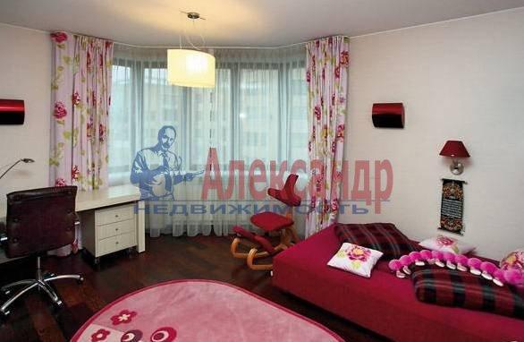 3-комнатная квартира (110м2) в аренду по адресу Морской пр., 15— фото 4 из 5