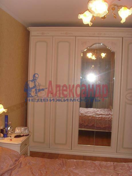 2-комнатная квартира (60м2) в аренду по адресу Бородинская ул., 13— фото 3 из 4
