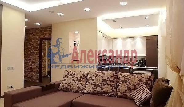 2-комнатная квартира (90м2) в аренду по адресу Кемская ул.— фото 1 из 5