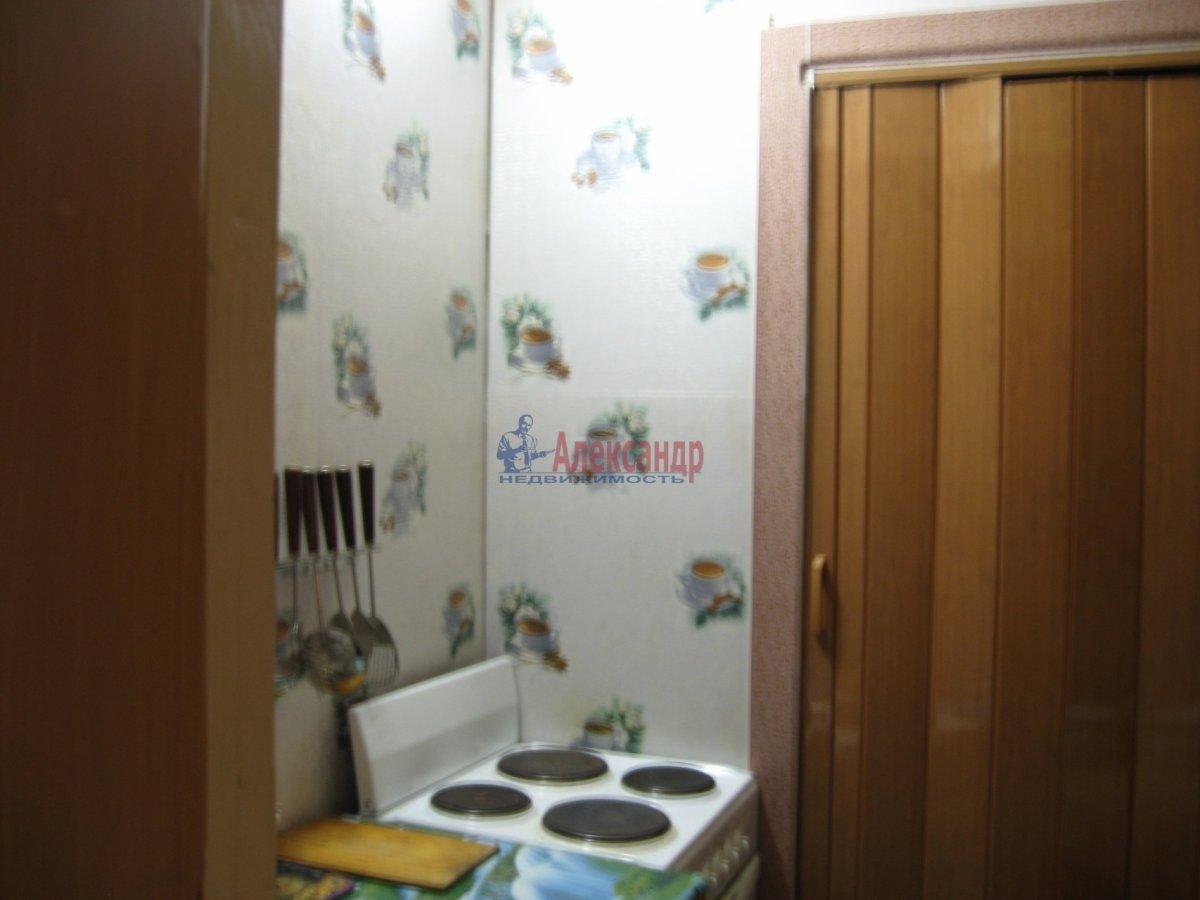 1-комнатная квартира (40м2) в аренду по адресу Кузнецовская ул., 44— фото 3 из 5
