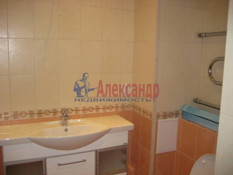 2-комнатная квартира (60м2) в аренду по адресу Коломяжский пр., 28— фото 6 из 6