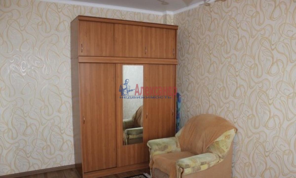 Комната в 2-комнатной квартире (56м2) в аренду по адресу Славы пр., 37— фото 3 из 4