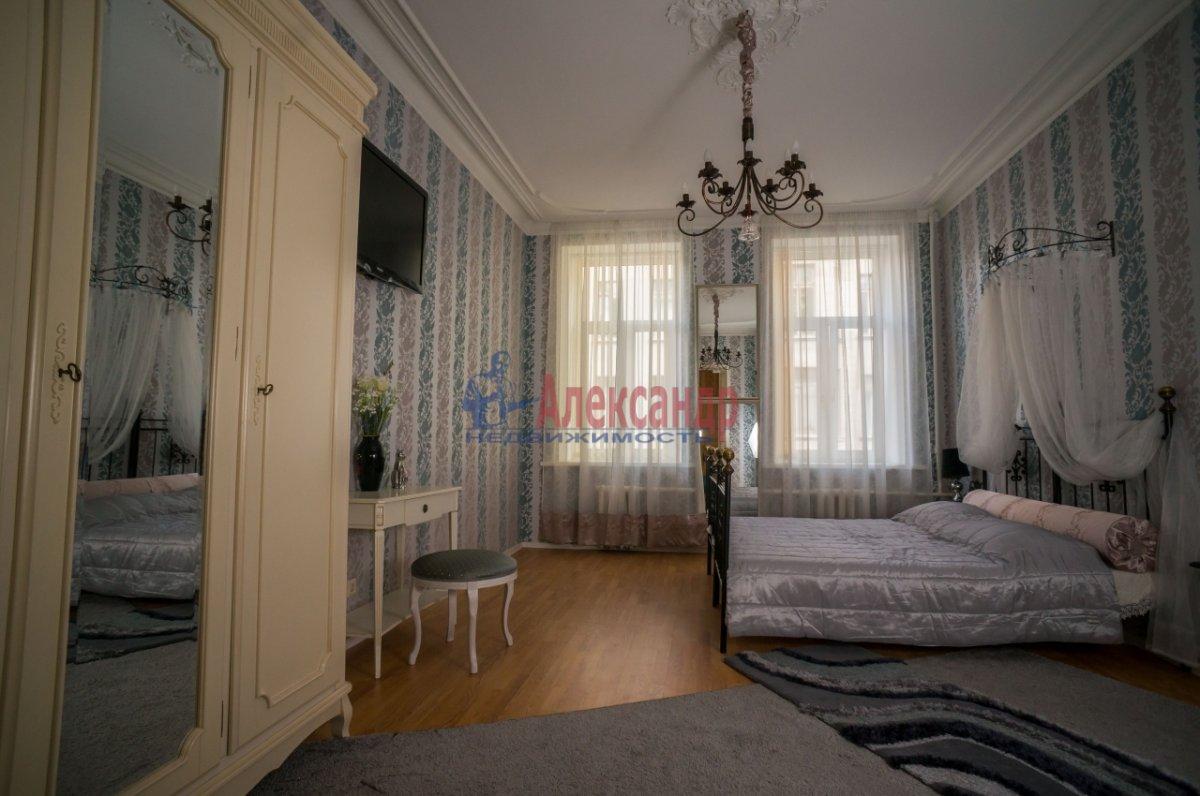 3-комнатная квартира (80м2) в аренду по адресу 6 Красноармейская ул., 80— фото 1 из 8