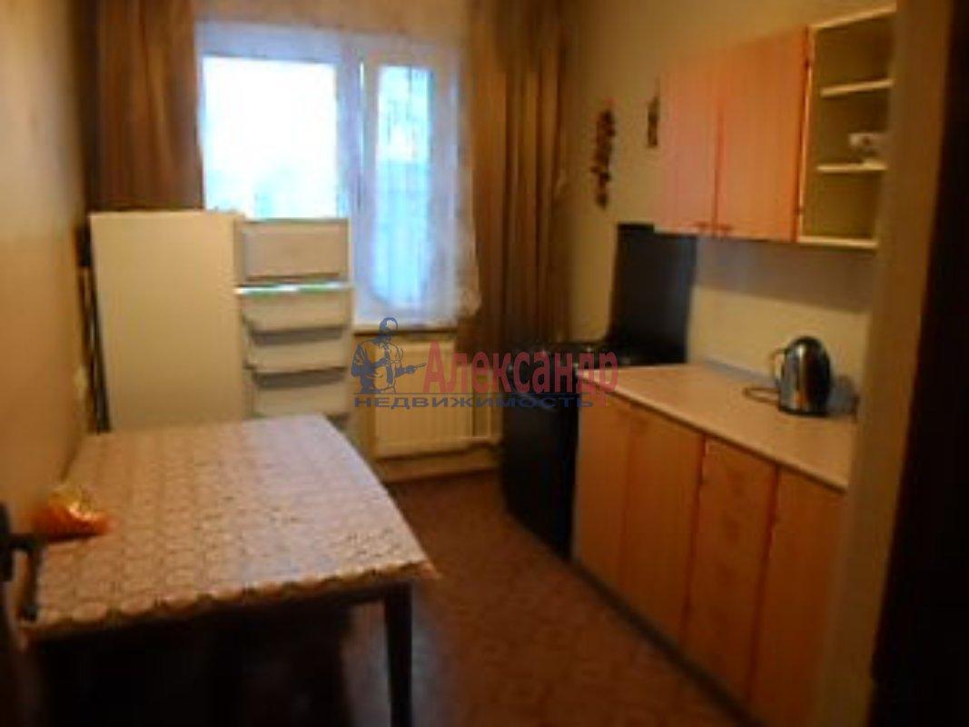 1-комнатная квартира (35м2) в аренду по адресу Софийская ул., 31— фото 1 из 4