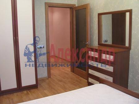 3-комнатная квартира (80м2) в аренду по адресу Звездная ул., 11— фото 11 из 17