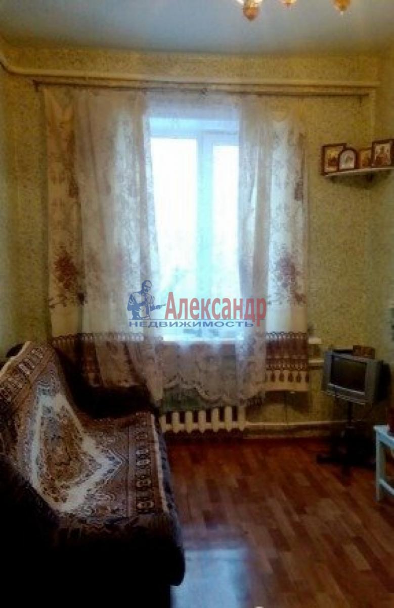 Комната в 3-комнатной квартире (68м2) в аренду по адресу Малый В.О. пр., 35— фото 1 из 3