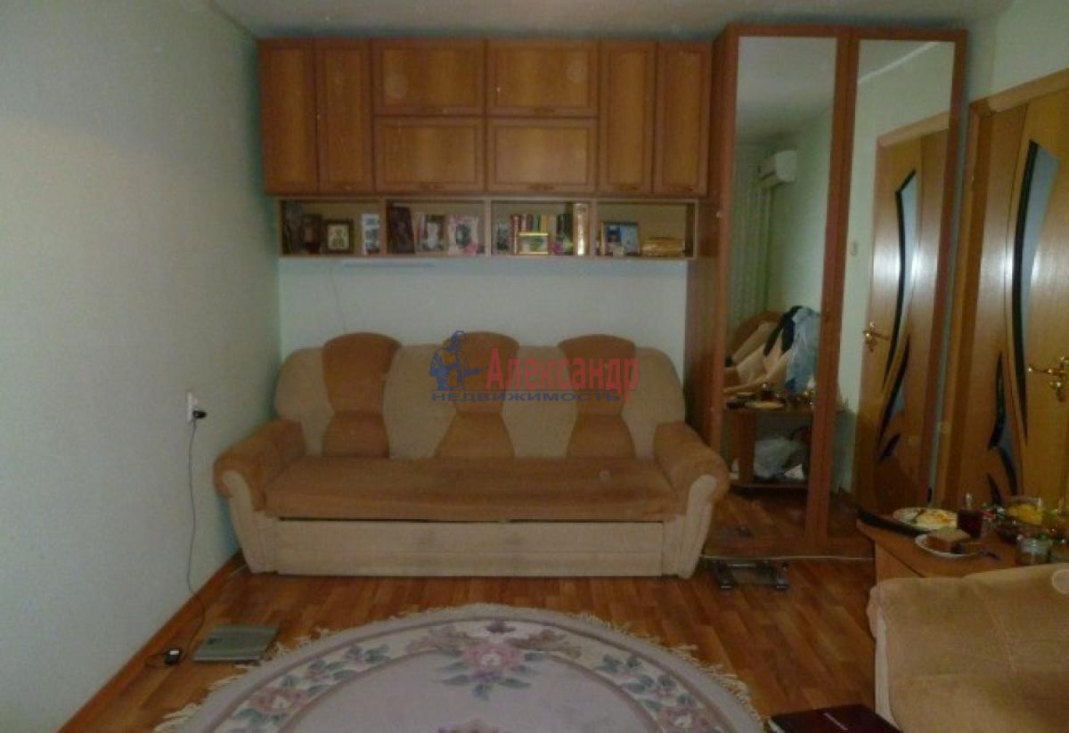 1-комнатная квартира (32м2) в аренду по адресу Ветеранов пр., 84— фото 4 из 7